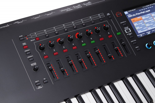 Roland Fantom-6  synth 61 tangenter